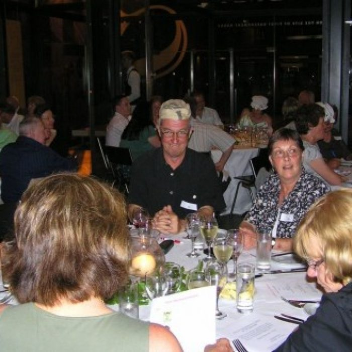 EH_2006_Annual_Dinner_011-255-500-330-90