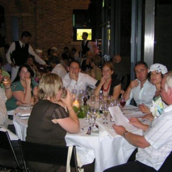 EH_2006_Annual_Dinner_014-258-500-330-90