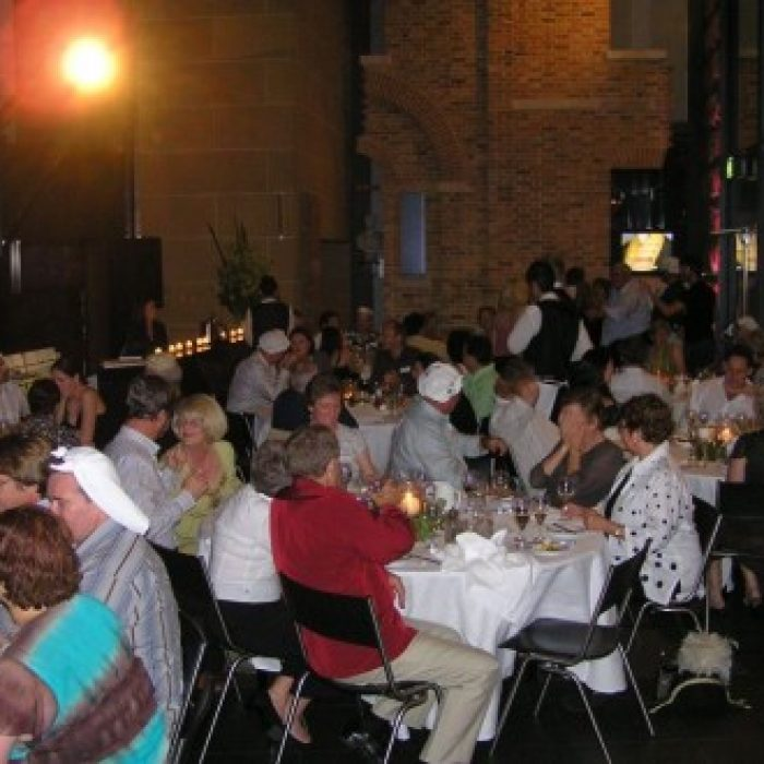EH_2006_Annual_Dinner_043-287-500-330-90